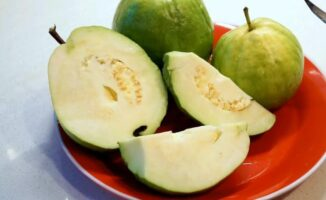 Health Benefits Of Eating Guava On Empty Stomach